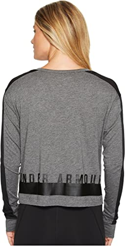 Under Armour - Favorite Mesh Long Sleeve Graphic