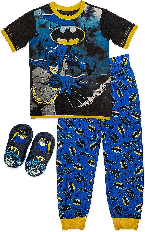 Batman Boy's 2 Piece Pajama Set with Matching Cozeez Slippers Sizes 4/5, 6/7, 8, 10/12, Blue