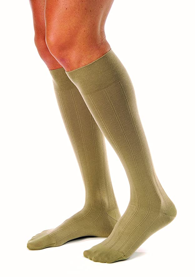 原油リマークリムMen's 15-20 mmHg Moderate Casual Knee High Support Sock Size: Medium, Color: Khaki by Jobst
