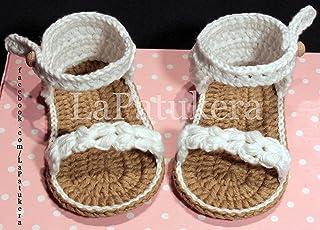 658412e2c Patucos Sandalias modelo Trenzadas para bebé de crochet, de color blanco,  100% algodón