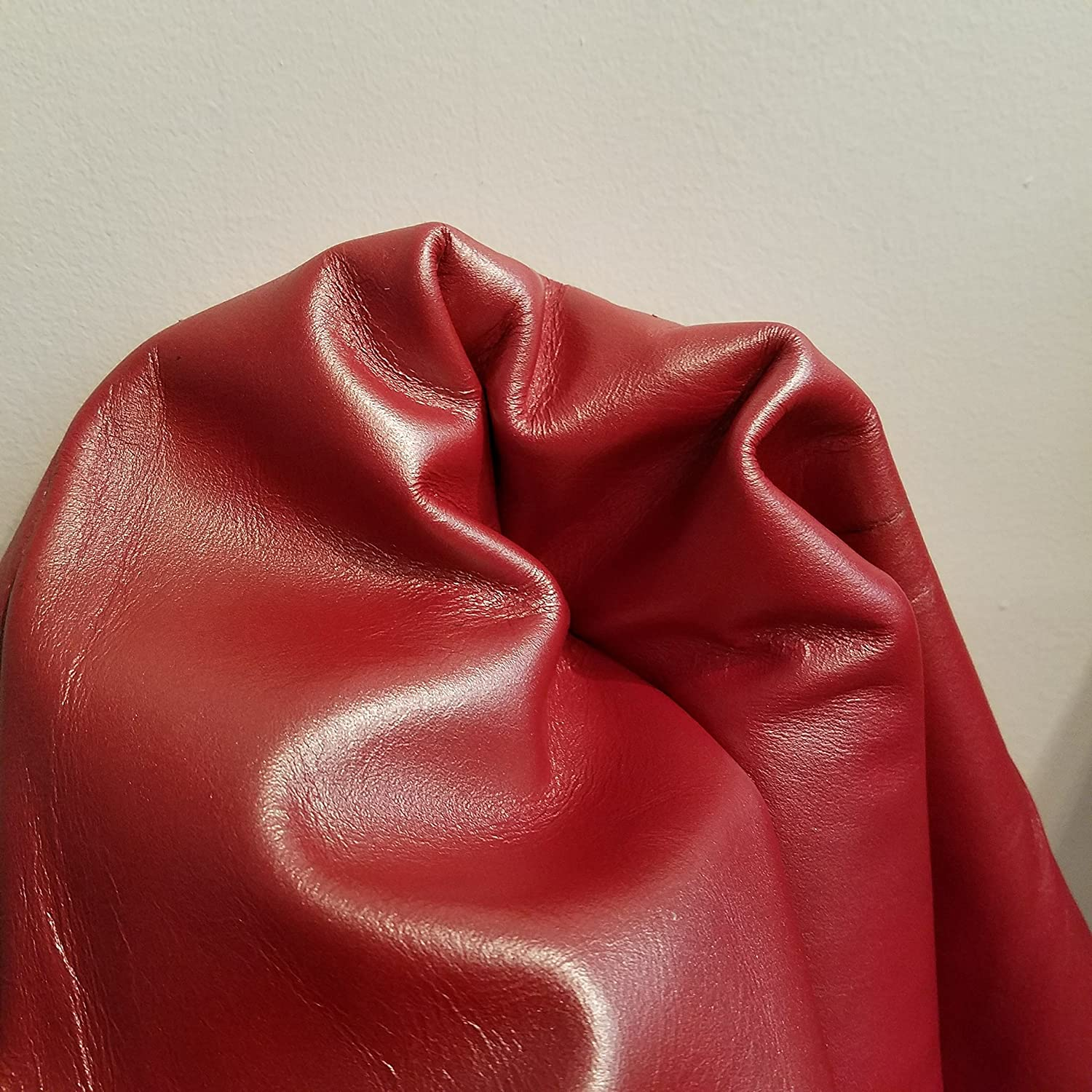 10-Piece Leather Kits with Soft Velvet Inside Red and Black