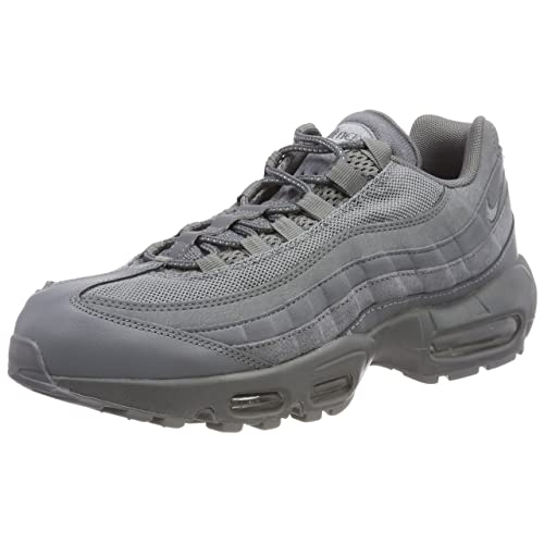 huge selection of 8cd63 de09a Nike Men s Air Max 95 Essential Gymnastics Shoes