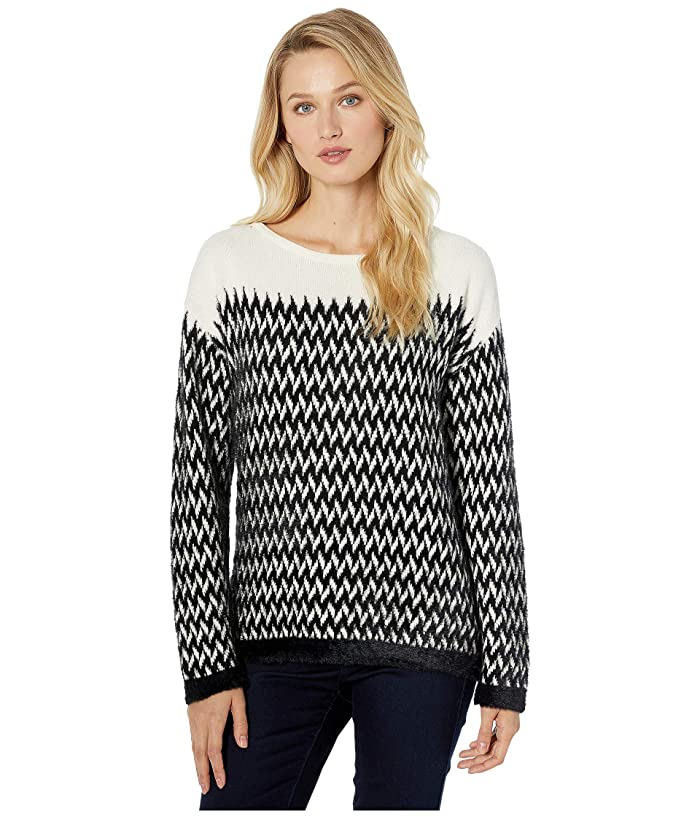 Vince Camuto  Long Sleeve Chevron Eyelash Jacquard Boat Neck Sweater (Rich Black) Womens Sweater
