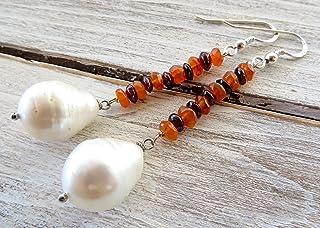 Orecchini con perle bianche barocche, granato rosso e carnelia, pendenti in argento 925 italiano, gioielli sposa, bijoux c...