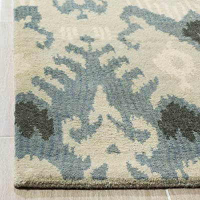 Tapis rectangulaire d'intérieur ikat tufté à la main, collection Ikat, IKT216, en beige / gris ardoise, 152 X 244 cm pour le salon, la chambre ou tout autre espace intérieur par SAFAVIEH.