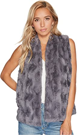 Jack by BB Dakota - Cheerio Swirly Textured Soft Faux Fur Vest
