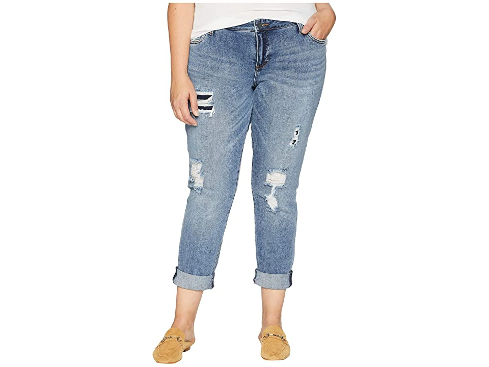 KUT from the Kloth Plus Size Catherine Boyfriend Cut Out Back Pocket Jeans in Excellent (Excellent/Medium Base Wash) Women