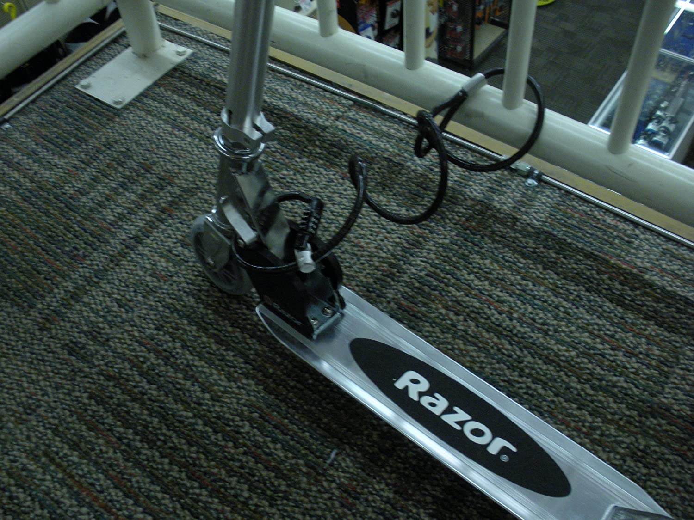 Valet My Stick Skateboard Snowboard Razor RipStik scooter combination cable lock