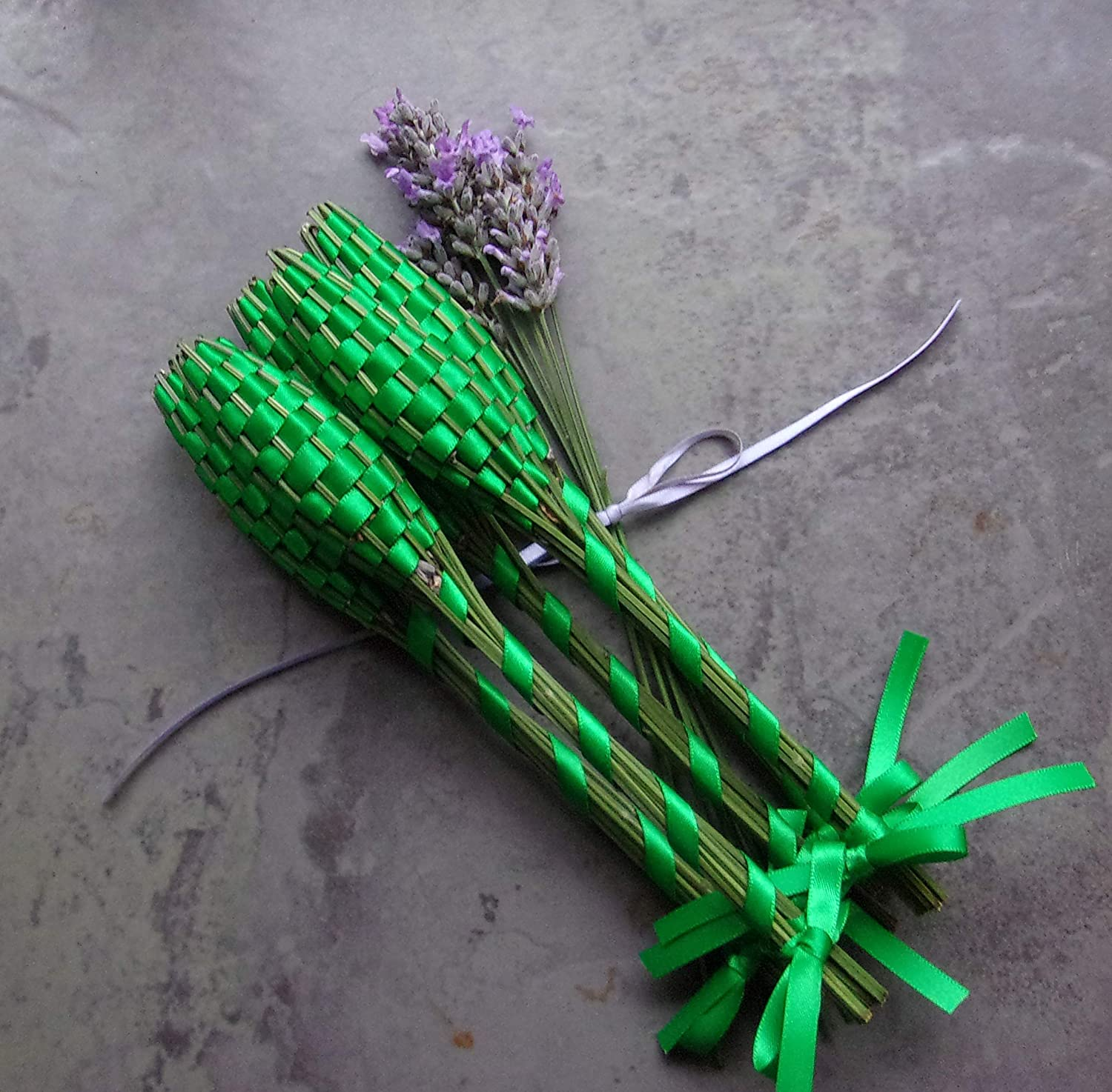 Ranking TOP5 Lavender 40% OFF Cheap Sale Filled Woven Basket Gift Set of Emeral Wands Five Small