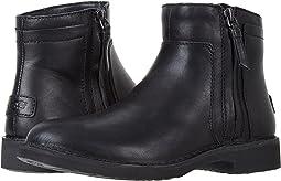 UGG - Rea Leather