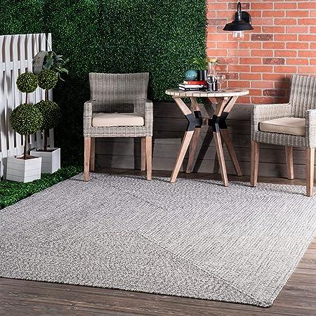 Amazon Com Nuloom Wynn Braided Indoor Outdoor Area Rug 5 X 8 Light Grey Salt And Pepper Furniture Decor