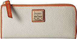 Dooney & Bourke - Pebble Zip Clutch