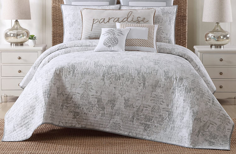 Oceanfront Resort Tropical Plantation Toile Printed Cotton Quilt Set, Twin XL,