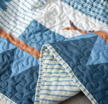 """Soul & Lane True North Cabin Lodge Lap Quilt - 50"""" x 60""""   Country Bedding Quilted Throw Blanket"""