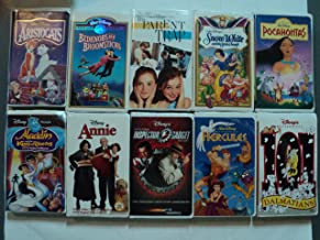Disney 10 Pack VHS Movies, Walt Disney : The Aristocats (A Walt Disney Classic), Bedknobs and Broomsticks (Masterpiece Collection), the Parent Trap, Snow White (Disney's Classic Masterpiece), Pocahontas, Aladdin and King of Thieves, Annie, Inspector Gadget, Hercules (Walt Disney Masterpiece Collection), 101 Dalmatians Masterpiece