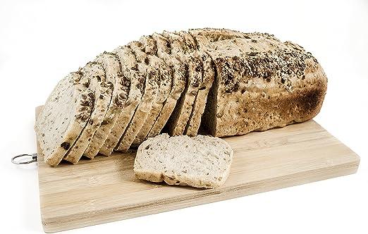 Pan ecológico artesanal con masa madre en horno de leña ...