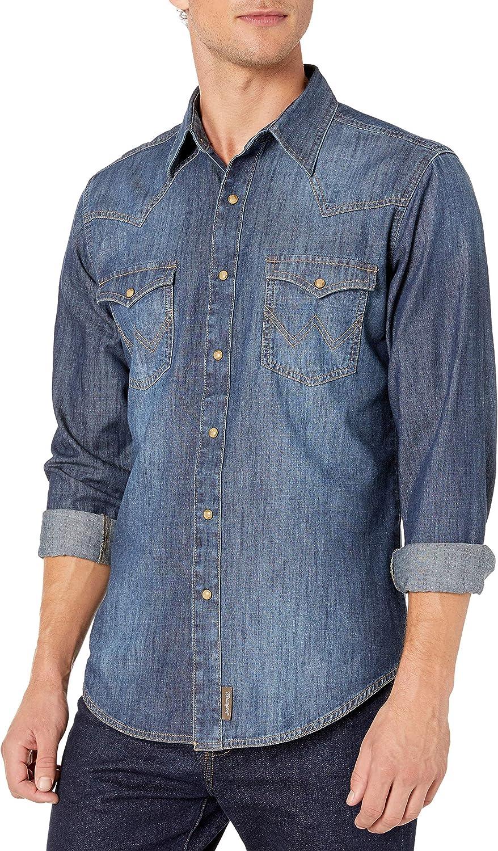 Wrangler Men's Retro Two Pocket Long Sleeve Snap Shirt at  Men's Clothing store