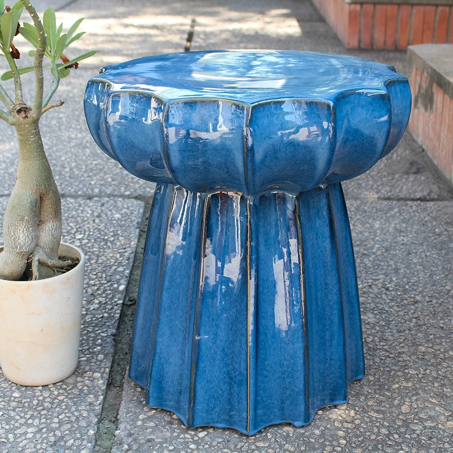 International Caravan Max 81% OFF Furniture Piece Quality inspection Scalloped Round Blue Navy
