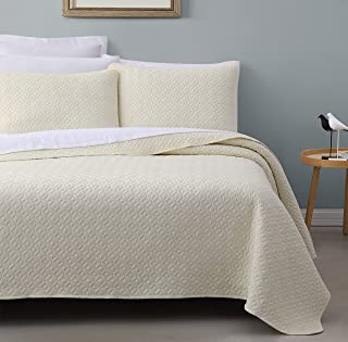 SuperBeddings Titan Prewashed 3-Piece Quilted Quilt, Coverlet & Bed Cover Set, Stitched Pattern, Solid Color, Soft Microfiber w/ 100% Cotton Filling Bedspread (Twin, Ivory)