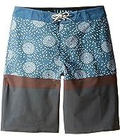 Rip Curl Kids - Chibas Layday Shorts (Big Kids)
