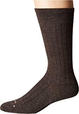Feetures - Wide Rib Ultra Light Crew Sock