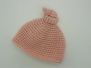 Cuffia con nodo per neonato fatta all'uncinetto - mandarin cream