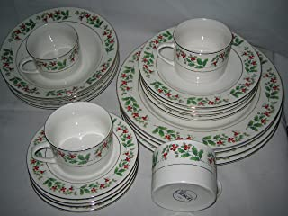 Gibson Holiday Gold Holly Charm 20 Piece Dinnerware Set