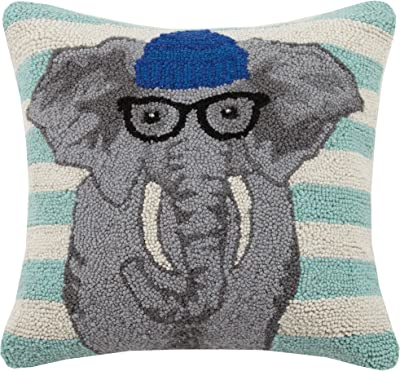 C/&F Home Welcome Friends Fox Hooked Lodge Pillow Gray
