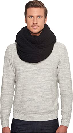 UGG - Two-Toned Ribbed Scarf
