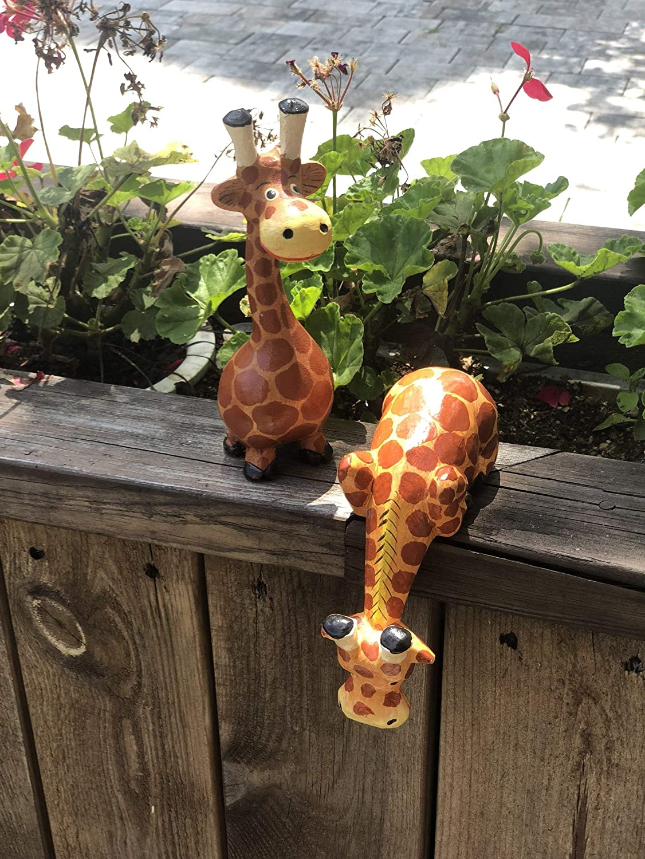 28. Handmade Comic Wooden Giraffes (2pcs Set)