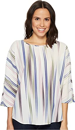 Vince Camuto - Elbow Sleeve Colorful Peaks Center Front Seam Blouse