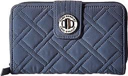 Vera Bradley - Turnlock Wallet