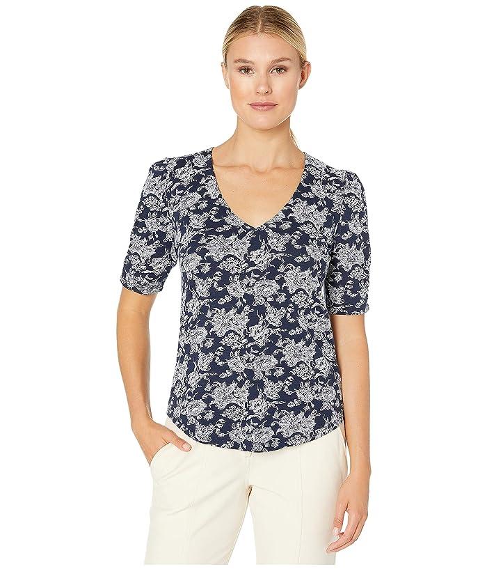 Lucky Brand  Short Sleeve V-Neck Top (Navy Multi) Womens Clothing