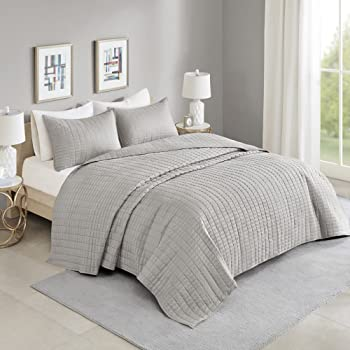"Comfort Spaces Kienna Quilt Set-Luxury Double Sided Stitching Design All Season, Lightweight, Coverlet Bedspread Bedding, Matching Shams, Oversized Queen(102""x118""), Gray"