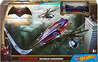 Hot Wheels Batman v Superman Dawn of Justice Superman Sky High Takedown Trackset
