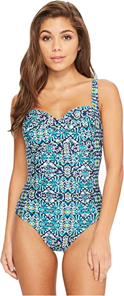 La Blanca - Tuvalu Over the Shoulder Sweetheart One-Piece