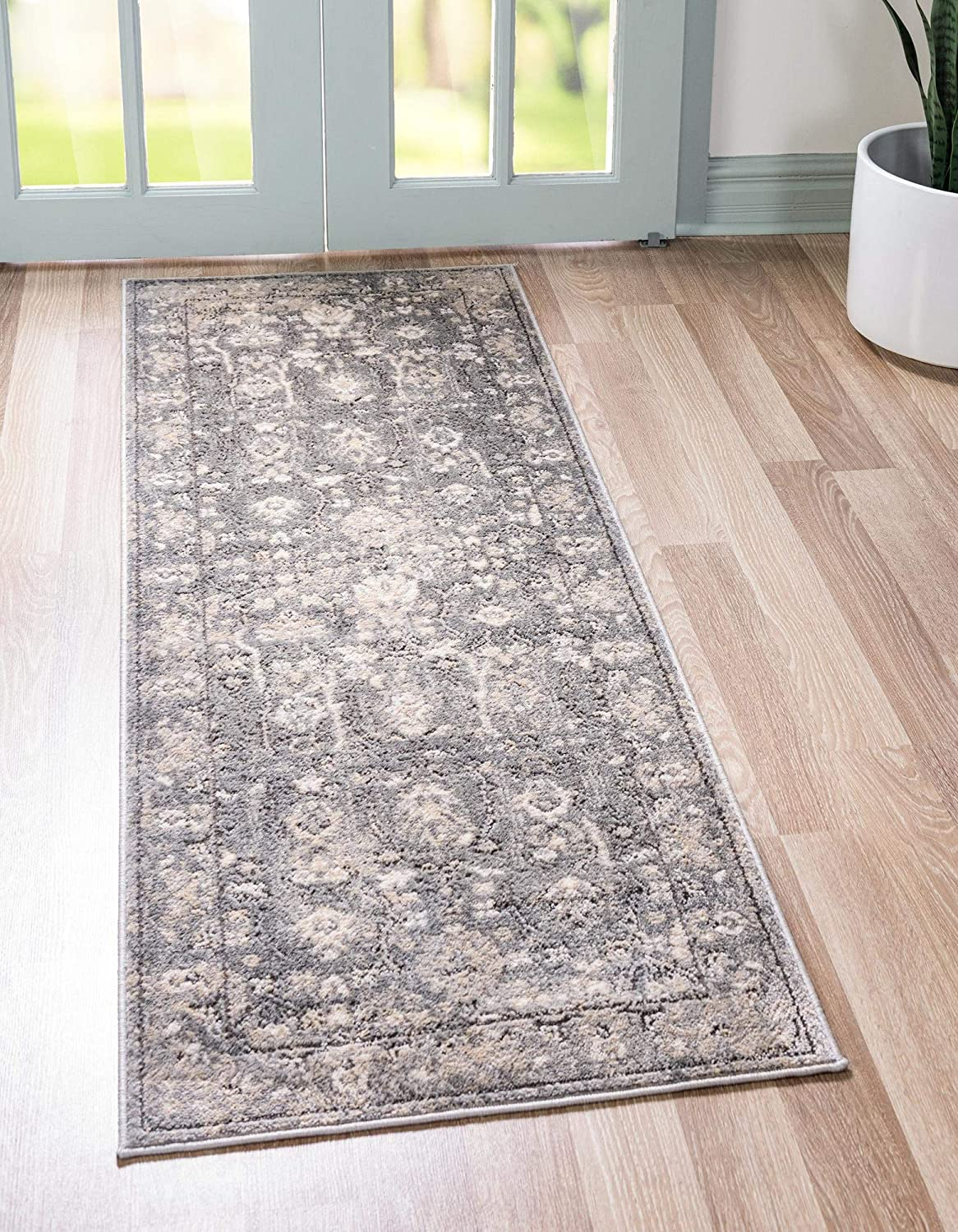 Directly managed store Rugs.com Oregon Collection Rug – Gray Low-Pile Ft 6 Manufacturer OFFicial shop Runner