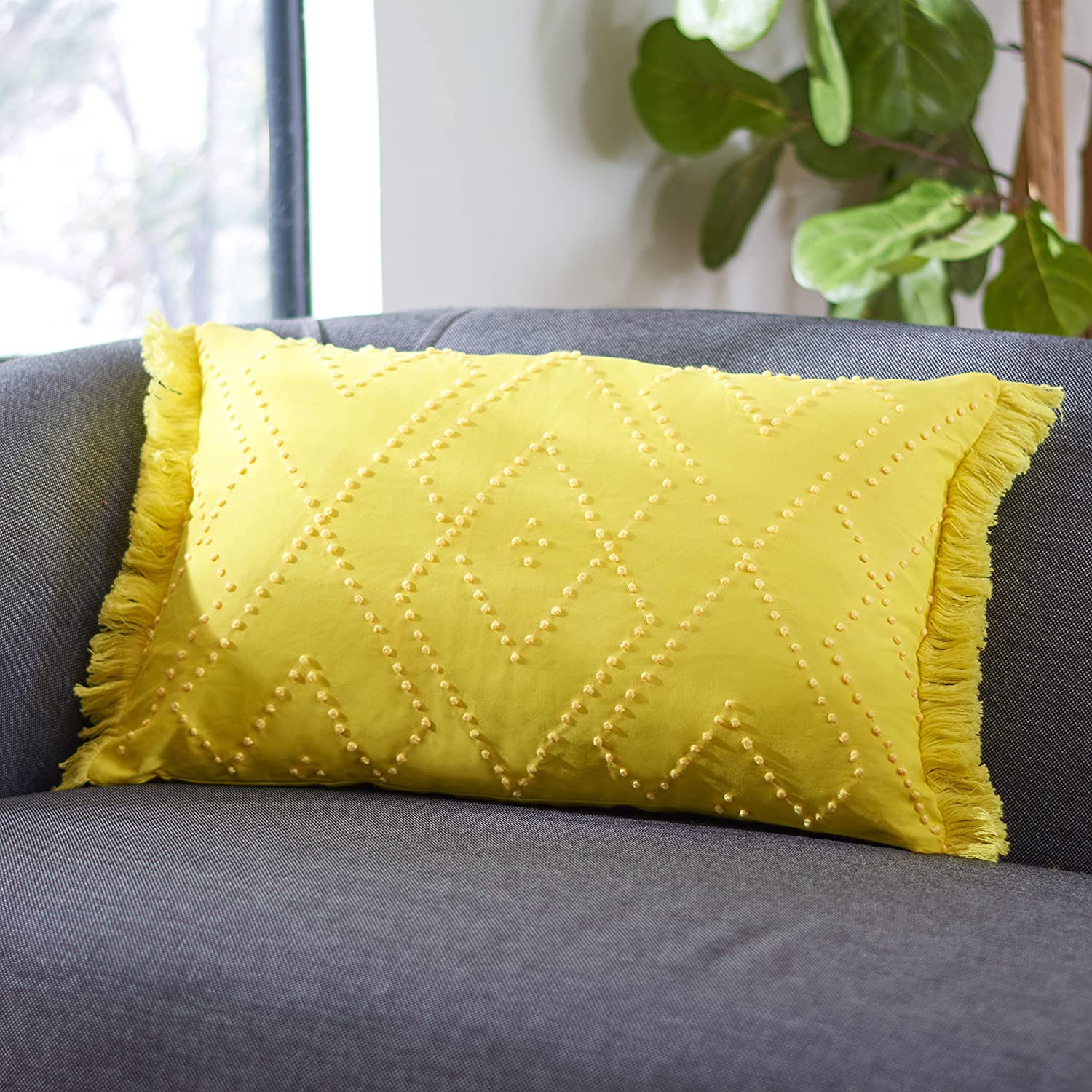 Safavieh Home Collection Sorena Boho 20-inch Max Discount mail order 63% OFF Decorat Yellow 12 x