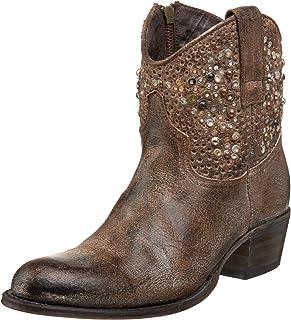 حذاء Deborah Studded للكاحل للنساء من FRYE