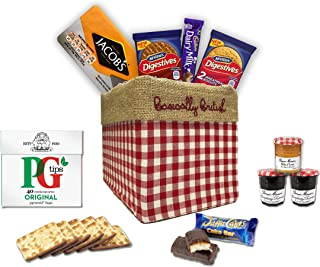 The Great British Gift Box by The Yummy Palette   Jacob's crackers Digestives Cadbury Dairy Milk Jaffa Cakes Famous Britis...