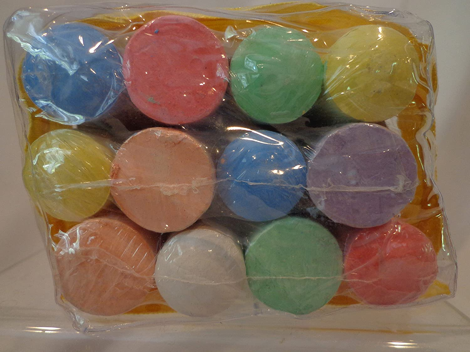 12 colord Chalks in Tote Bag