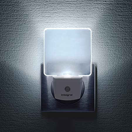 Pack de 2 veilleuses LED Integral, à brancher sur les murs, avec cellule photoélectrique crépusculaire, éclairage de nuit à détection automatique pour les couloirs, les escaliers, les chambres