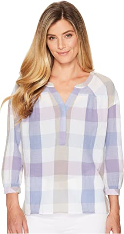 TWO by Vince Camuto Long Sleeve Pastel Haze Plaid Henley