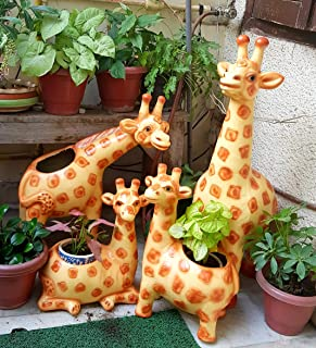 Wonderland (Set of 4) Giraffe Family Planter (Made of, Garden Outdoor Animal planters)