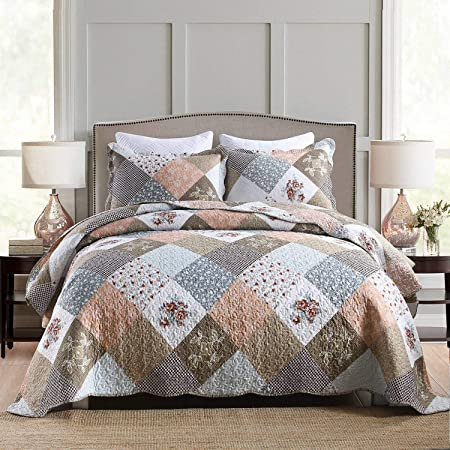 Homcosan Quilt Bedspreads Sets King Size (96x108 inches), Reversible Mocha Floral Patchwork Patterns, Lightweight Coverlet for All Season, 3-Piece Bedding (1 Quilt + 2 Pillow Shams)