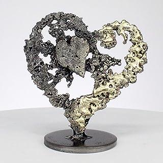 Corazón en el corazón VII - escultura de acero de latón - Philippe Buil