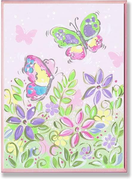 图佩尔粉彩蝴蝶和鲜花矩形墙板的儿童房