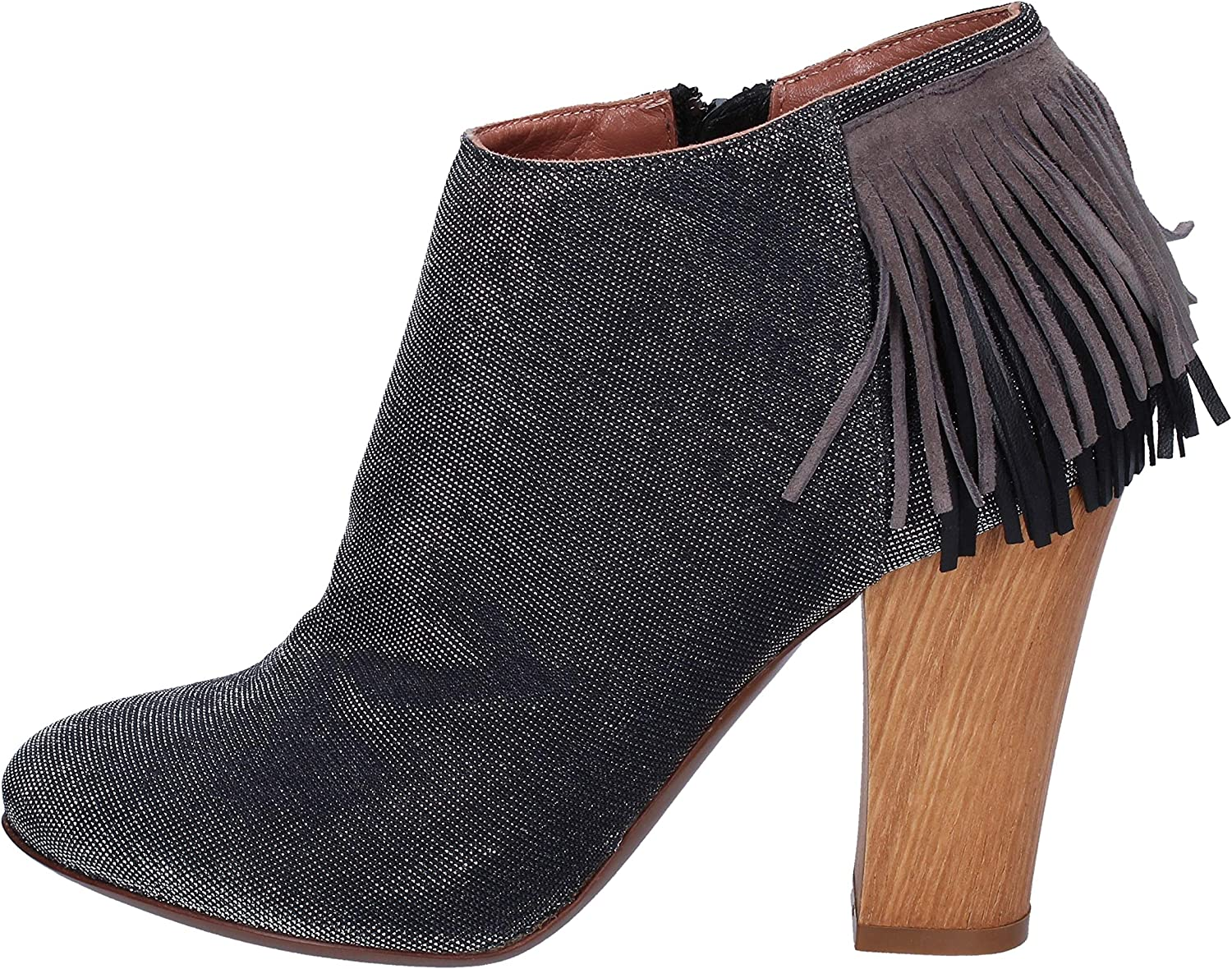 A TROIS Boots Womens Suede Grey