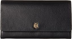 Tommy Hilfiger - The Serif Signature Pebble Leather Accordion Flap Wallet