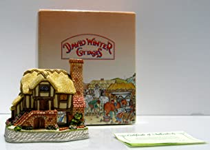 Whileaway Cottage David Winter Cottages Collectors Guild, Issued 1994